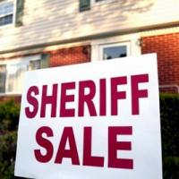 Foreclosure Frenzy Freezes
